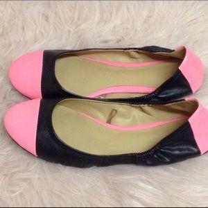 NY&CO cap toe ballet flat